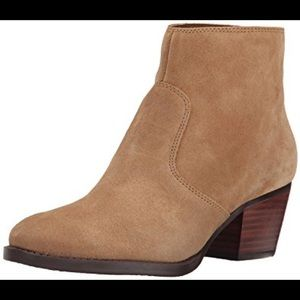 NINE WEST heeled boot